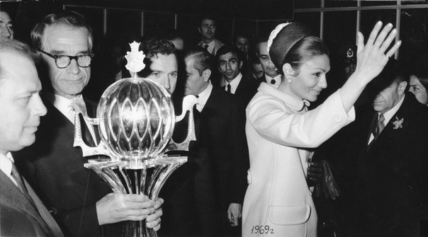 1969 год. «Спартак» в Иране. Фото из архива семьи Старостиных.
