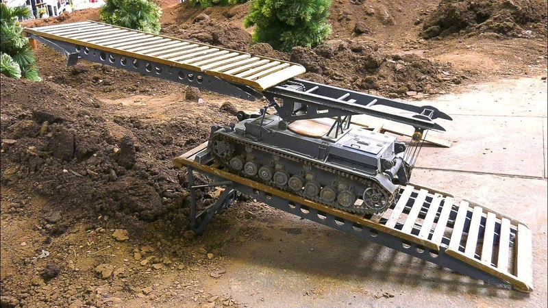 PEERLESS RC MODEL SCALE BRIDGE LAYER TANK IV AT HARD WORK!! *RC MILITARY VEHICLES