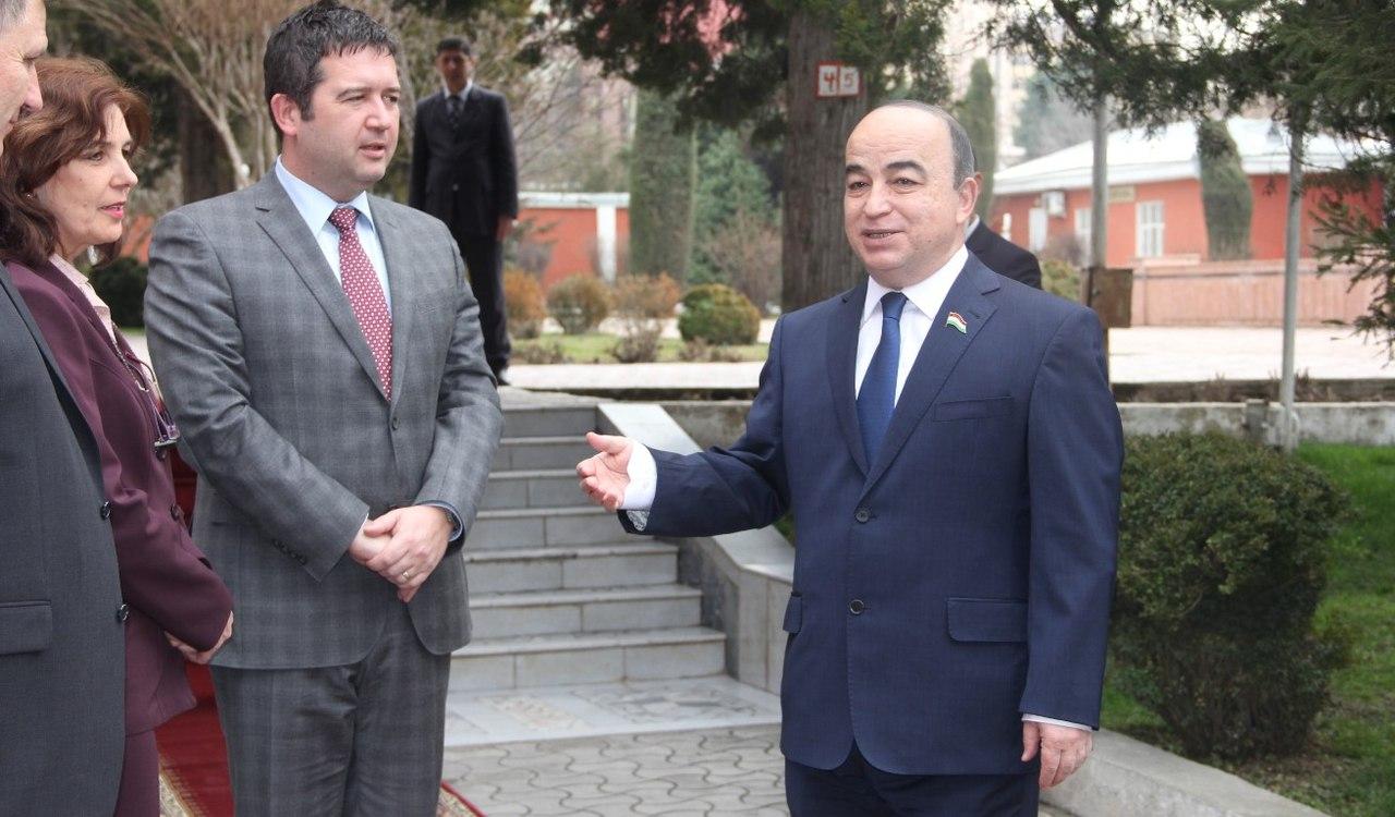 Зухуров: для инвесторов в Таджикистане установлены свыше 70 льгот
