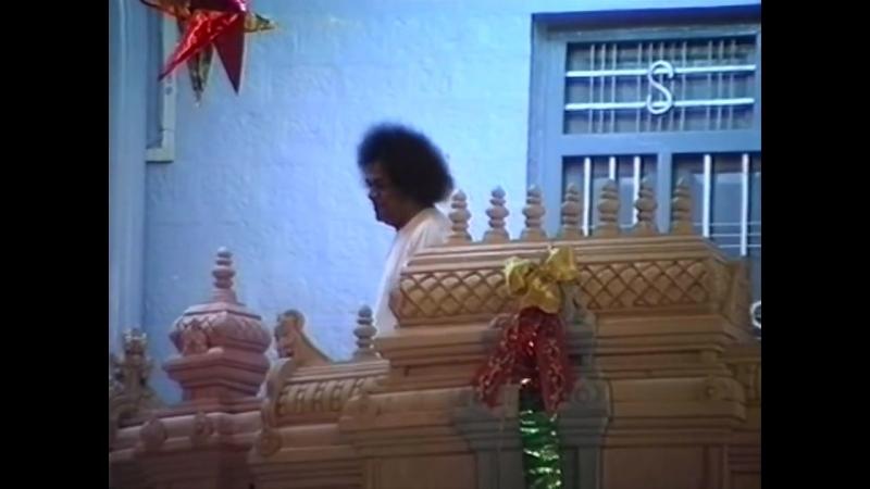Sai Love No. 56 - Christmas Darshan on Silver Door Balcony