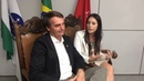 Essa Linda Repórter Ficou Admirada ao Entrevistar o Mito Bolsonaro