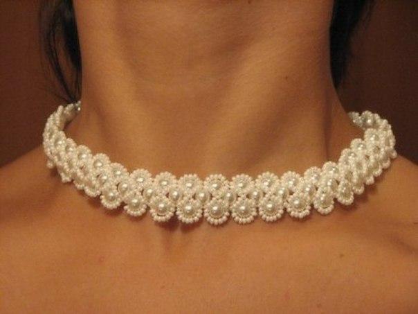 Ожерелье из бисера для невесты