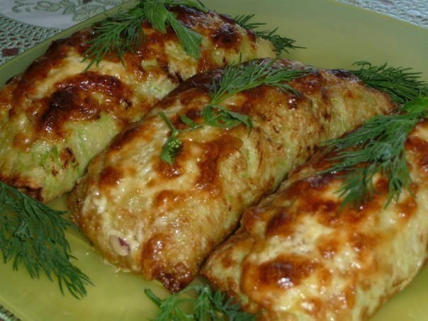 MARROW ROLLS a vegetable marrow Half on a large grater, 1 egg, 2-3 tbsps of a semolina, ➨ to Read continuation of the recipe...