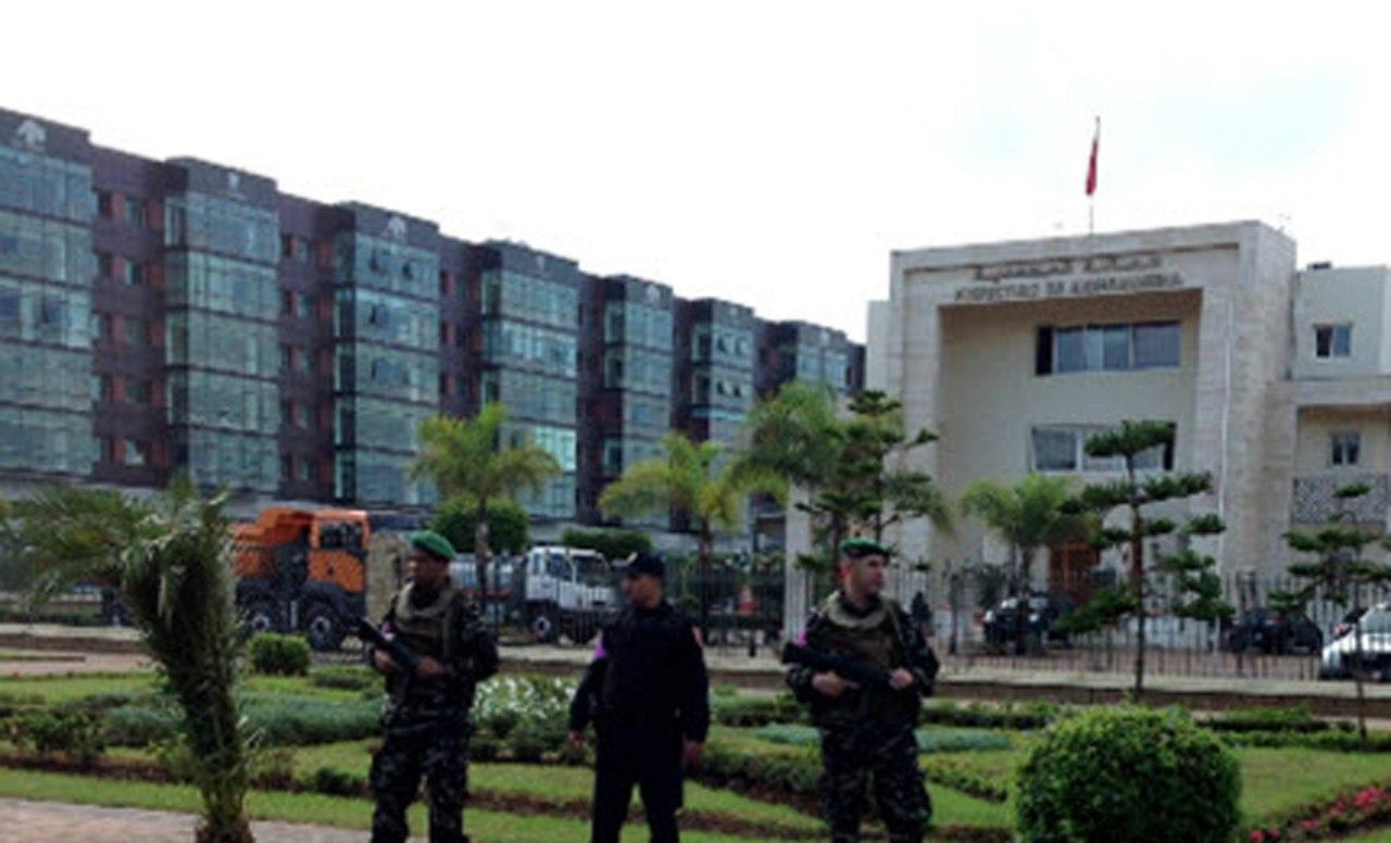 Photos de nos soldats et des Bases Marocaines - Page 2 KOQ6RnE5wks