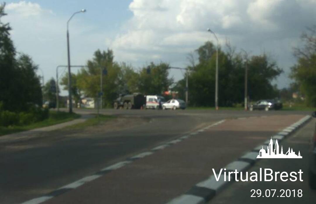 """Пешеход, которого сбил """"Урал"""" в Бресте, сначала сбежал из больницы, а потом вернулся и умер"""