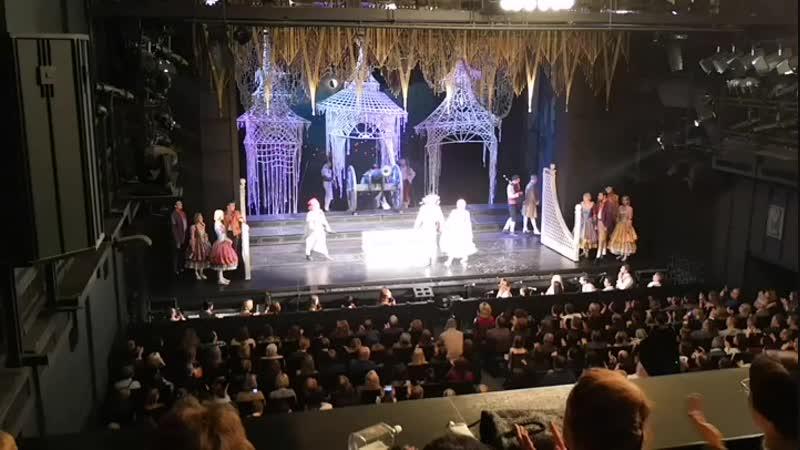 Театр Ленком. Безумный день, или женитьба Фигаро это лучшее что я видела. Забейте на аймакс. Люди идите в Театр. Это не переда