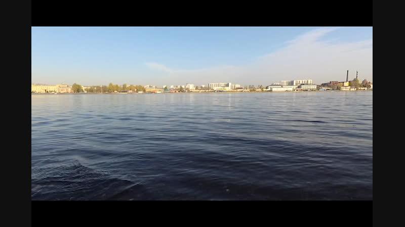 Эталон на Неве - хотите слышать шум воды в шаге от квартиры?
