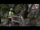 Тэхен бежит по лестнице в припрыжку - Тэхен счастлив от пройденного пути - Юнги...