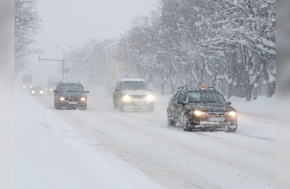 В Бресте опять сильный снег - что говорят синоптики и ГАИ?
