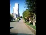 Игра в прятки с дорожными знаками.