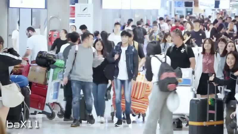181118 Сингто встреча с фанатами BKK Airport