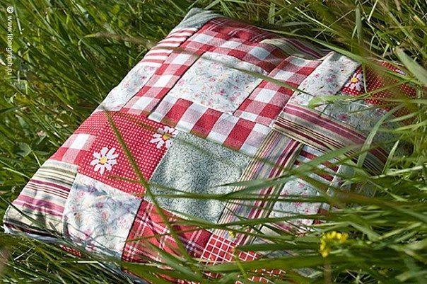 Подушка и матрас из сена.
