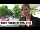 Charlize Theron bekommt Crystal of Hope