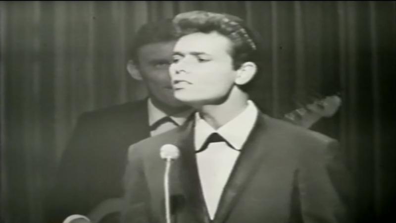 Cliff Richard The Shadows – Travellin Light (1959)