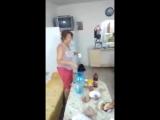 Фанимся с мамкой