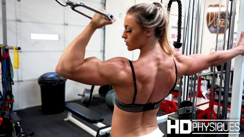 ULTRA BICEPS! 22-year-old Female Muscle Specimen at HDPhysiques
