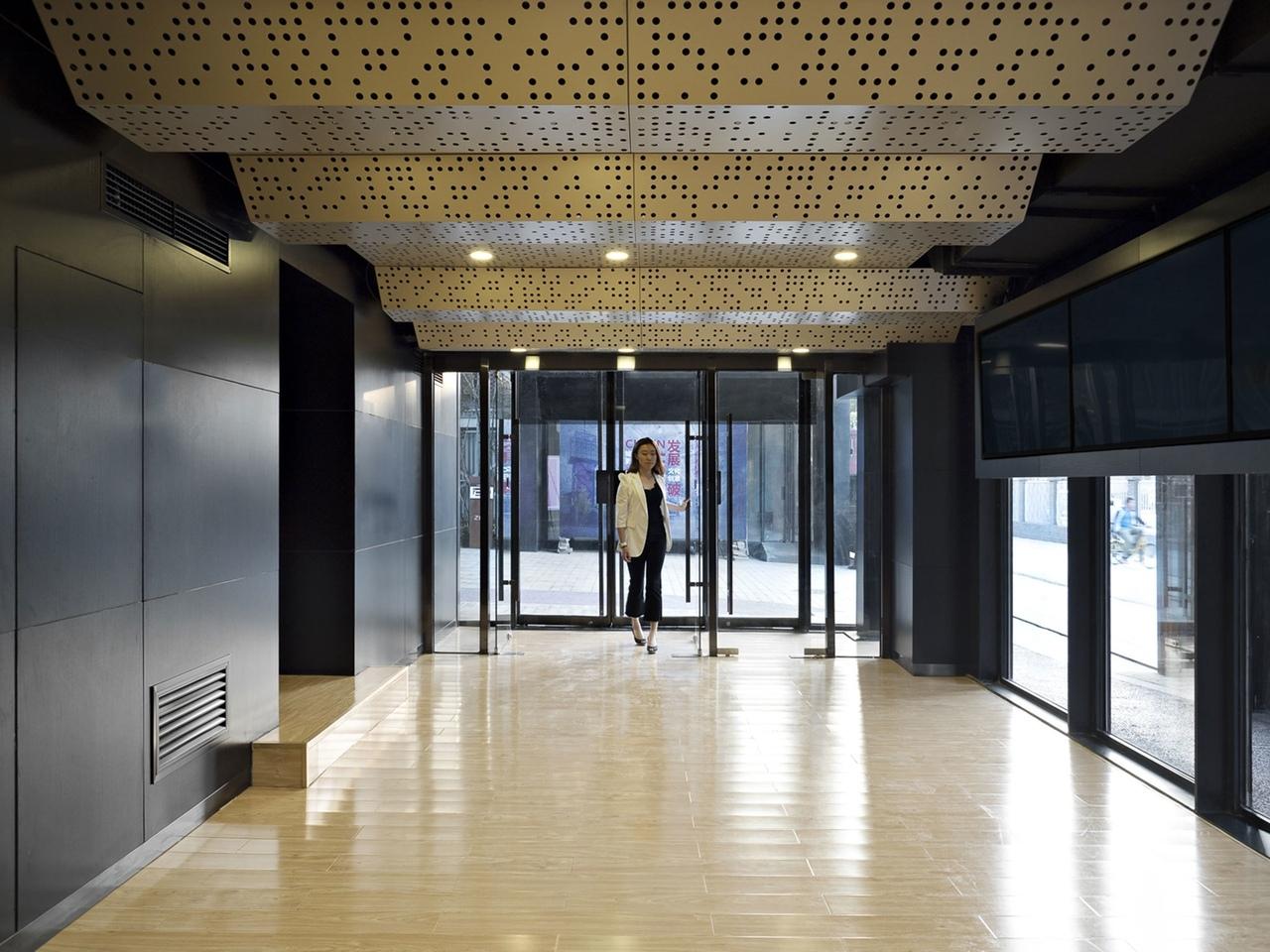 MeePark CBD, преобразование промышленного склада в место для проведения мероприятий в Latitude Architectural Group