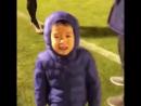 Синдзи Кагава сыграл в футбол с сыном друга и довел его до слез финтами