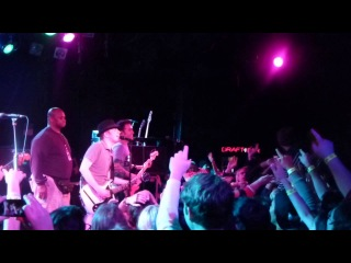 Fall Out Boy - Saturday (The Roxy,Los Angeles CA 2/7/13)