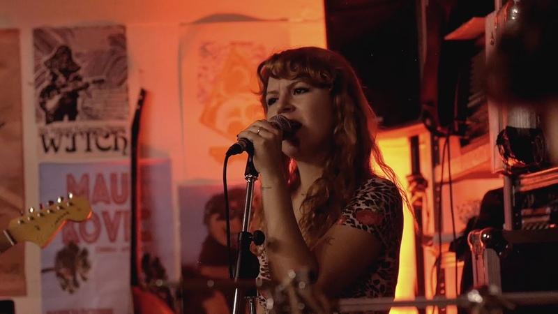 Altın Gün - Leyla (Live at Vondelbunker, Amsterdam)