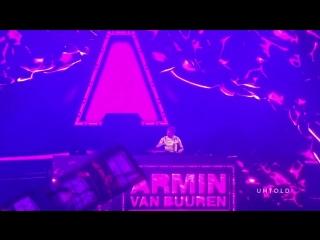 Armin Van Buuren playing Vigel vs Cosmo & Skoro