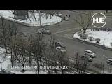 На Северо-западе Москвы водитель Renault влетел в машину ДПС