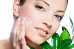 Общие принципы ежедневного ухода за кожей лица и шеи