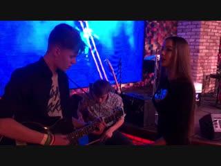 Лина Блестящая (feat. Soltan & Damir)  Соврал (live)