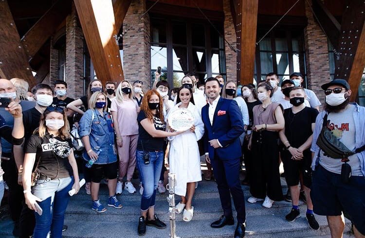 Bachelorette Ukraine - Season 1 - Ksenia Mishina - Discussion - *Sleuthing Spoilers* - Page 2 GY1xMY-4vY0