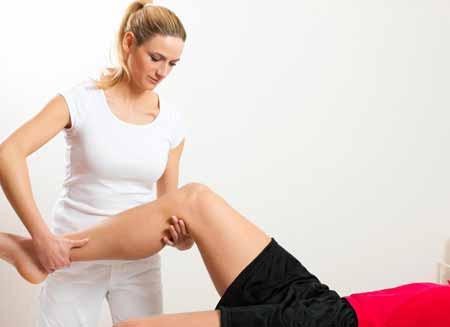 Физиотерапия может помочь облегчить боль в суставах.