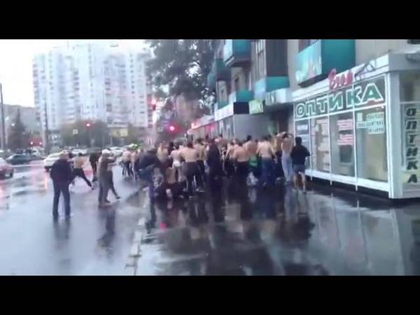 Hooligans- Metalist Spartak Moskva Dynamo Kyjev 15 09 2013