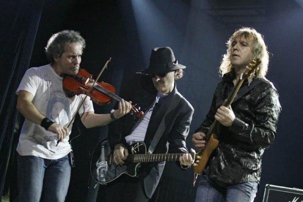 """Группа  """"Крематорий """" на протяжении многих лет - один из самых выдающихся коллективов русской рок-сцены."""