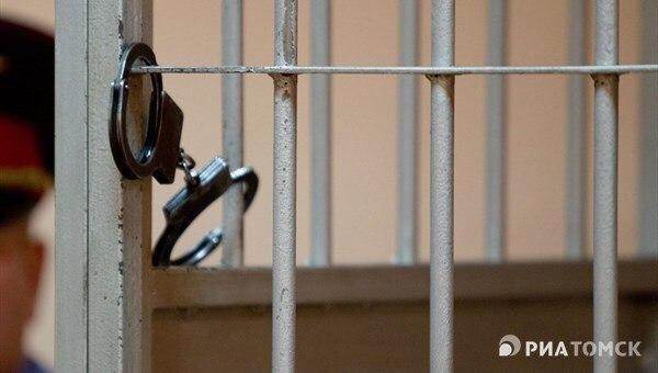 Томский маршрутчик получил год колонии за смерть выпавшего пассажира