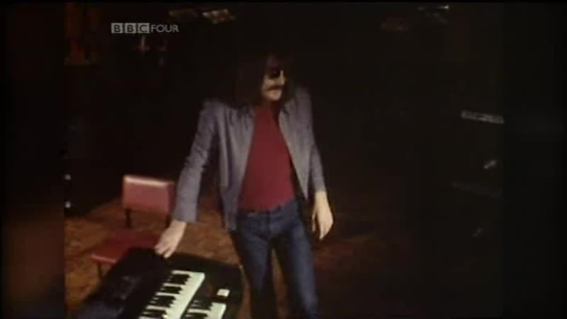 Soft Machine — Fanfare All White (1973) – Prog Rock At The BBC
