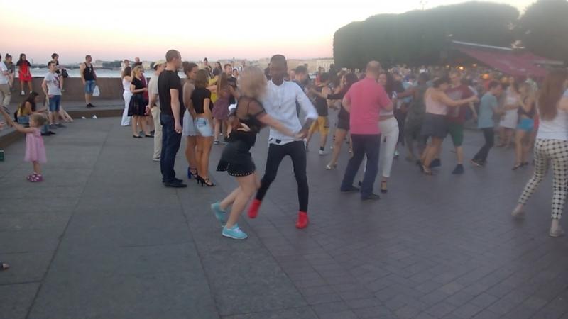 Танцы на Стрелке 15.07. Лучшая пара - Настя Яковлева Stranger 👌