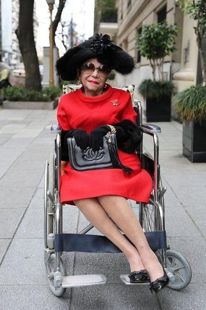 9 стильных пенсионеров, доказывающих, что возраст – это просто цифра. 😆