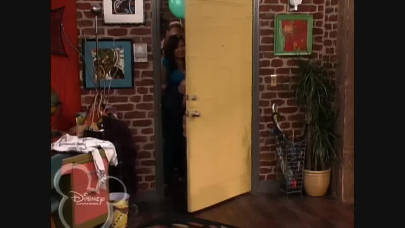 Magicienii Din Waverly Place Episodul 09 - Alex Ii Fura Prietenii Lui Justin