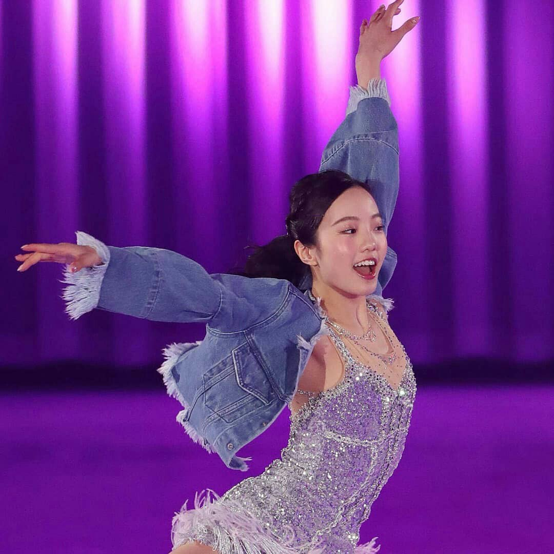 Ледовые шоу-5 - Страница 21 HTdIlTSdLdo