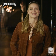 """Supergirl on Instagram: """"#Elseworlds, the 3-night crossover event, begins Sunday at 8/7c on #TheFlash!"""""""