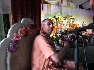 Niranjana Swami � Sunday class on chanting holy names � Almaty, 17 August 2014