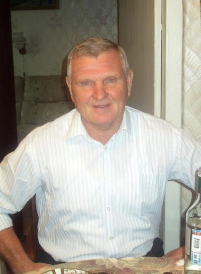 Гена Воробъёв, 4 октября , Палех, id187726034