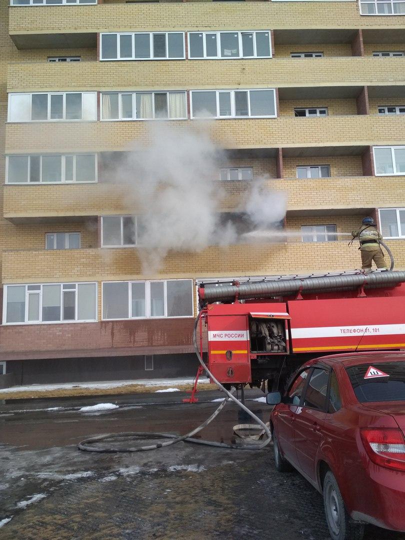 Пожар произошел в Тюмени на улице Верхнетарманская (ФОТО) 3