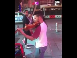Танцы под уличную скрипку