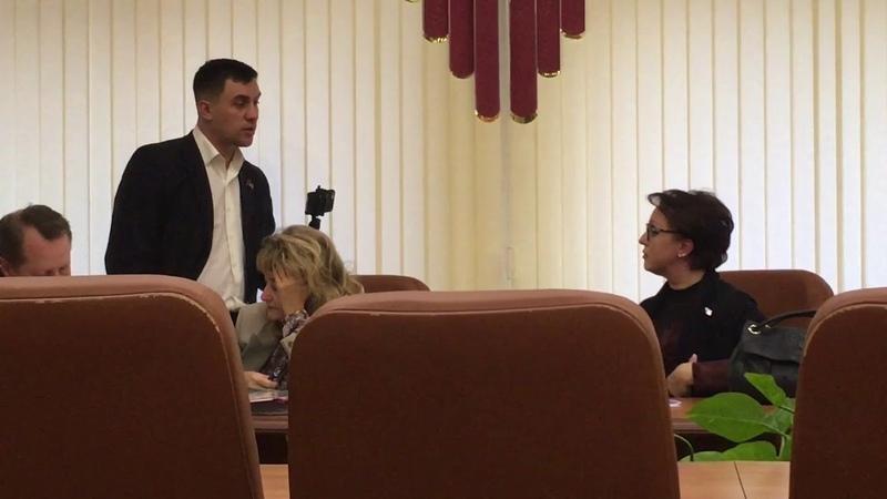 Саратовский депутат Николай Бондаренко вызвал министра на пищевую дуэль