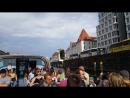 Майкл Хатчисон с лидерами inCruises на речной прогулке в Берлине