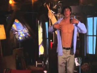 Smallville Hotness   Naked Clark Kent ✔