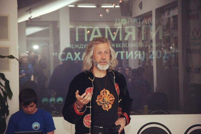 Е. Ковалевский