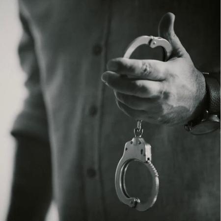 """Sen Anlat Karadeniz on Instagram """"Kendi vicdanından kaçamayan Tahir, Nefesinden uzak kalabilecek mi Sevdamınİmtihanı etiketiyle yorumlarınızı b..."""