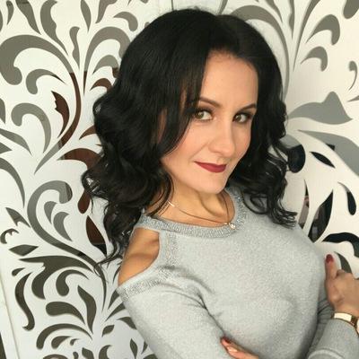 Юлия Полежаева