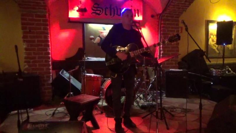 Михаил Ольгин(unlimited arts show в SCHWEIN Клуб-бар ШВАЙН,24.4.18)